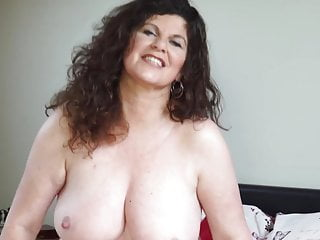 Sexy curvy mature mom with big tits and ass
