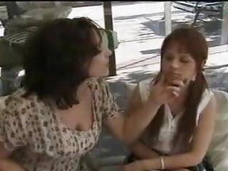 Download video bokep femme soupconeuse Mp4 terbaru