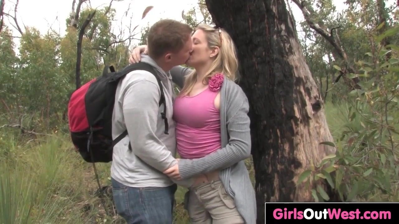 Free download & watch busty aussie blonde fucked outdoors          porn movies