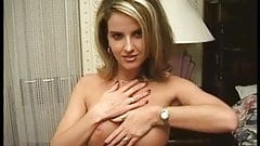 Dyed blonde green eyed chick sucks a fair size dick