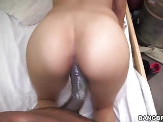 mia khalifa porno