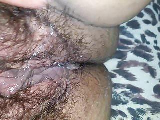 Chupandogostoso a buceta peluda da minha mulher
