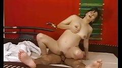Pregnant woman sex