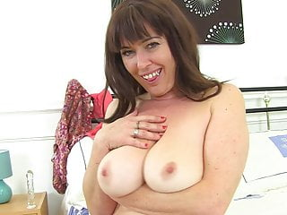 Mature mother from UK with hairy pussy