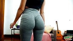 PAWG Teen Working Out in Tight Spandex Exposing Fat Cameltoe