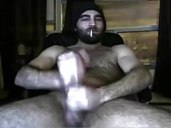 Hairy hunk on cam