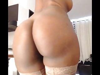 amzing ebony whit sexy ass part2