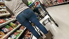 Fat booty in jeans