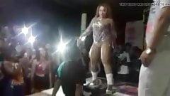 Guy licks pussy stripper in front of girlfriend