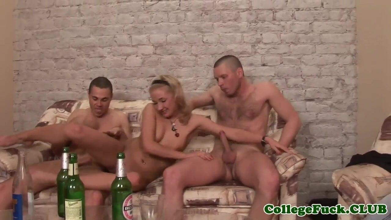 image College euro cocksucking in dorm until facial