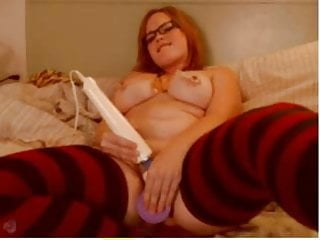 Redhead plays from behind