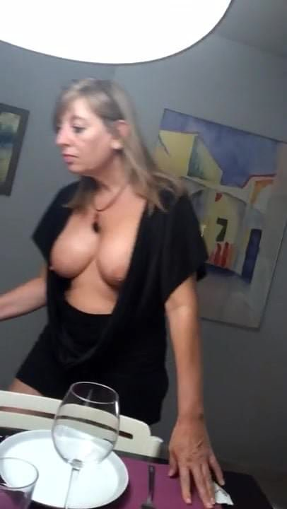 downblouse oops