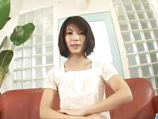Download video bokep Housewife Azumi Harusaki enjoys toys up her cunt Mp4 terbaru