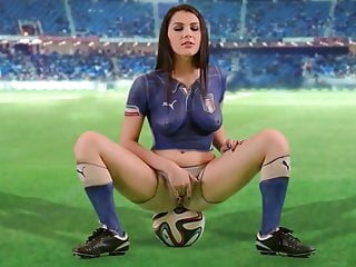 Football Valentina Nappi