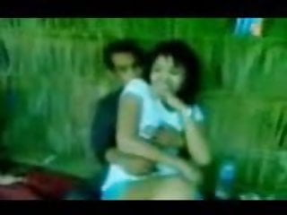 Download video bokep indonesia- bokep grepe digubug rame2 Mp4 terbaru