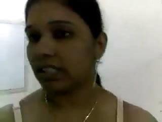 Mallu Gulf Nurse Night Duty (Mallu clear audio)