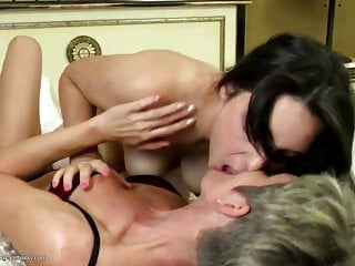 Lesbian pussy suckers videos - Old and young amateur lesbian pussy lickers
