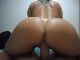 Tight Body Latina Ride and Creampie