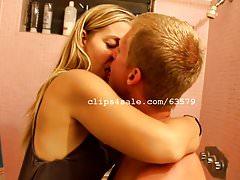 Alan and Diana Kissing