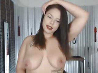 Big Boobs Babe Plays her Wet Pussy
