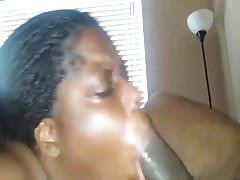Fat tenant stuffs her mouth