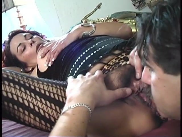 Free download & watch nasty housewives            porn movies