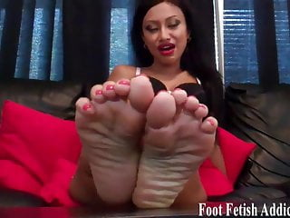 Whats the perfect penis size - Put my perfect size 6 feet in your mouth