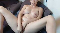 Mandy shows off her pussy