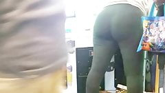 Candid booty at chuck e cheese