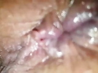 Short video of her ass hole showing as dildo in pussy