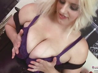Raphaella Lily Big Boobs Pussy Play
