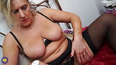 Mature a bit crazy mom with hairy hungry cunt