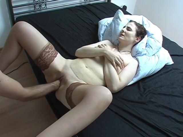 Порно с сабиной шмитц, стриптиз на палке в баре