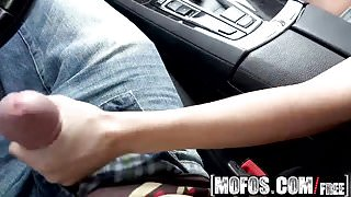 Mofos - Stranded Teens - Indiana Cutie Banged in the Car sta