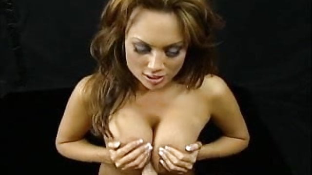 Kira kener virtual titty fuck video clip above told