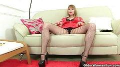 British milf Abi Toyne and Lucy Gresty work their pussy