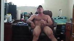 Muscle Daddy Mirror Jerk Off & Cum