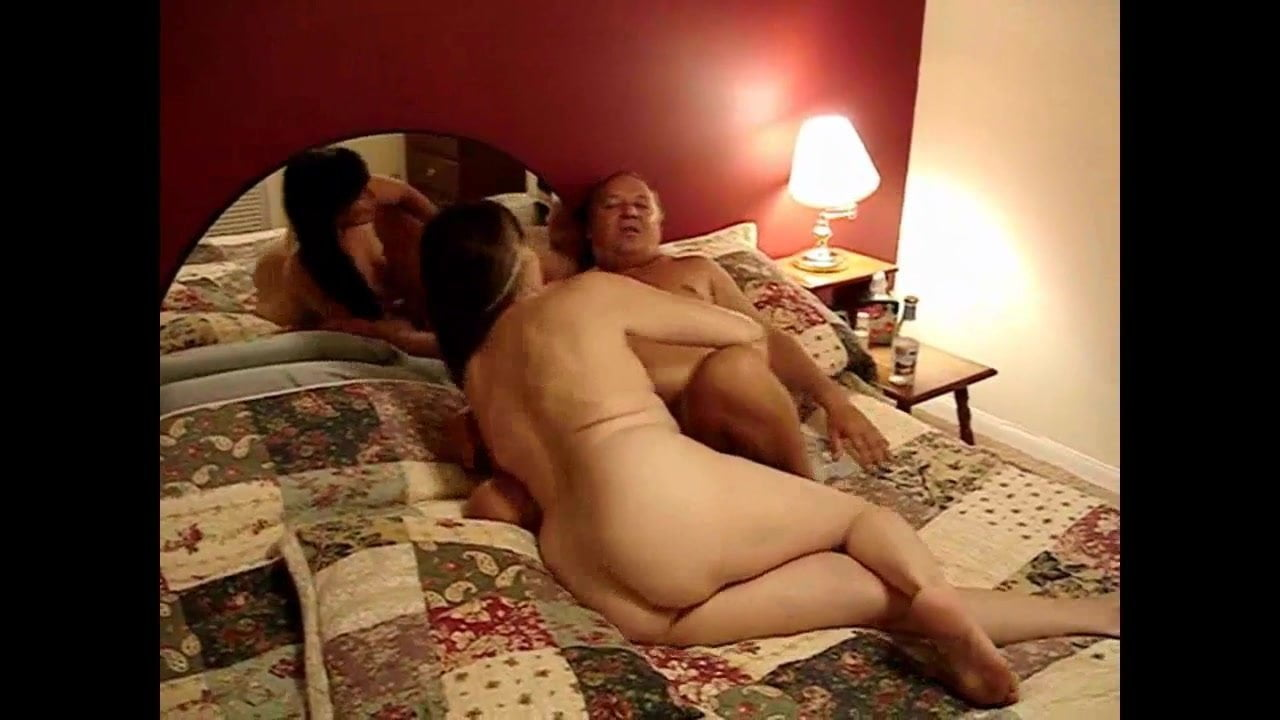 Mature wives hd