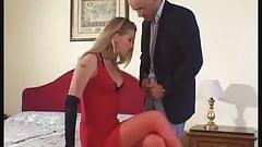 Donna in tacchi e calze + uomo
