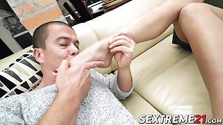 Hot babe Katrin loves pissing and fucking in the same time!