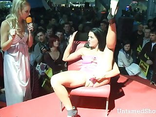 Milfs going wild xxx video clips - Slutty stripper going wild at the sex show