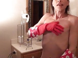 Fair lady naked - Butt naked skinny lady with big nipples cleaning bath tub