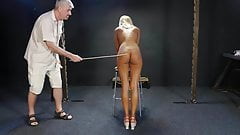 Blonde bimbo whipped on casting