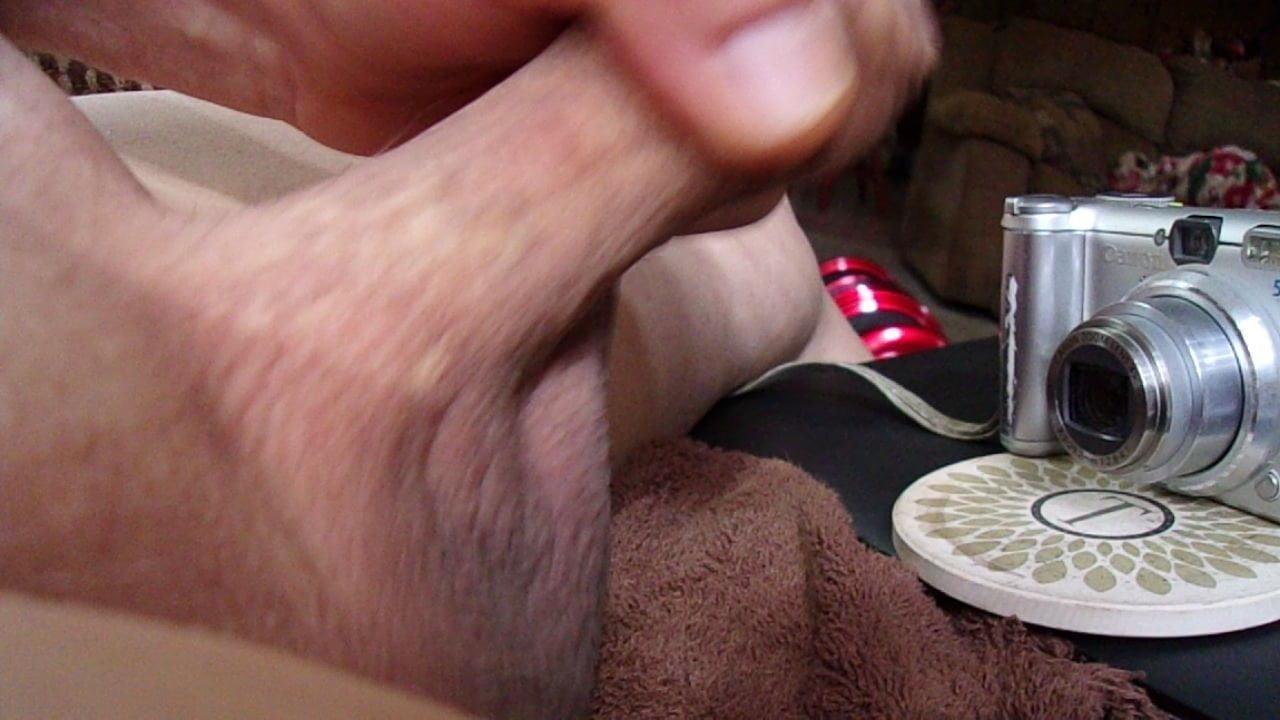 73yrold Grandpa 185 uncut chub wank solo closeup shut cock