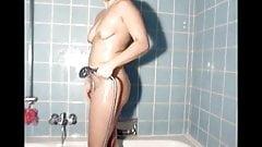 Sweetsusinrw: Susis Hot Shower