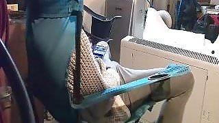 woman caught ipad bating.HOT