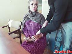 Amateur muslim pov pussyfucked on table