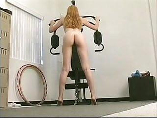 Horny slut gets her tight cunt dildo fucked