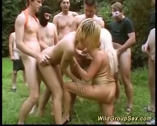 Wilder Sex Im Garten