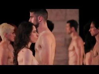 Download video bokep Nude Stage Performance 1 - Tragedie Mp4 terbaru